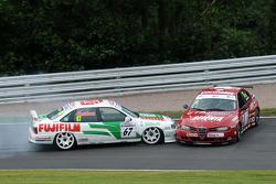 Tony Absolom, Vauxhall Cavalier makes contact with Steven Dymoke Alfa Romeo 156
