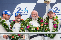 LMGTE Pro podium: third place Marco Holzer, Frédéric Makowiecki, Richard Lietz with Olaf Manthey