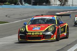 TUSC: #30 MOMO/NGT Motorsport Porsche 911 GT America: Henrique Cisneros, Kuba Giermaziak