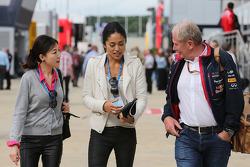 Dr. Vijay Malya Helmut Marko, Red Bull Motorsport Consultant