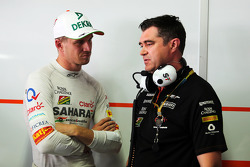 (L to R): Nico Hulkenberg, Sahara Force India F1 with Bradley Joyce, Sahara Force India F1 Race Engineer
