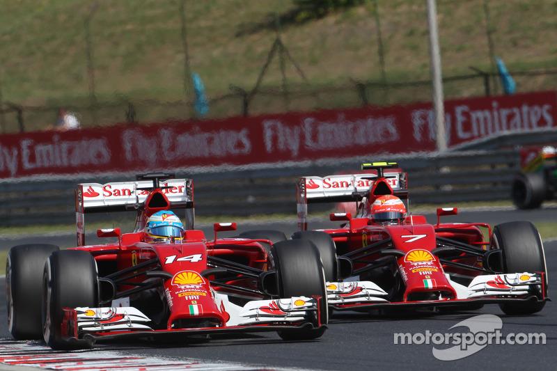 Fernando Alonso, Ferrari F14-T leads team mate Kimi Raikkonen, Ferrari F14-T
