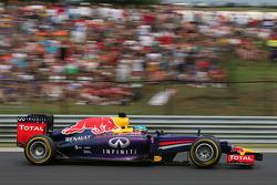 F1: Sebastian Vettel, Red Bull Racing RB10