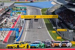 Start: Timo Glock, BMW Team MTEK BMW M4 DTM and Augusto Farfus, BMW Team RBM BMW M4 DTM