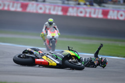 Crash for Bradley Smith, Monster Yamaha Tech 3