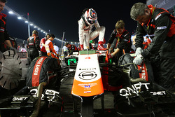 Max Chilton, Marussia F1 Team MR03 on the grid