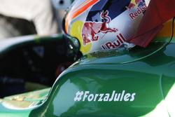 #ForzaJules on car of Pierre Gasly