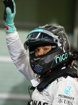 Pole for Nico Rosberg, Mercedes AMG F1 W05