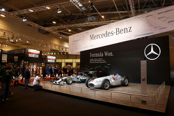 Mercedes Benz display