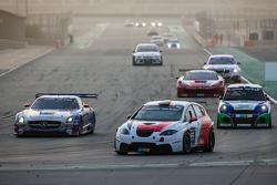#95 Memac Ogilvy Duel Racing Seat Leon Supercopa LR: Ramzi Moutran, Nabil Moutran, Sami Moutran, Phil Quaife