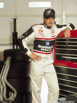 Barry Pepper as Dale Earnhardt