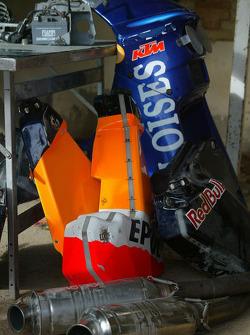 KTM team testing: parts of KTM Repsol Red Bull bike