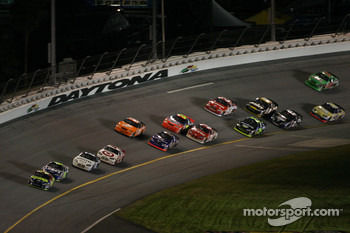 Greg Biffle leads the field in turn 4