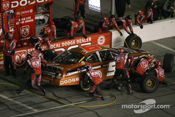 Pitstop at the end of the first segment: Kasey Kahne