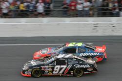 Kurt Busch passes Jeff Gordon