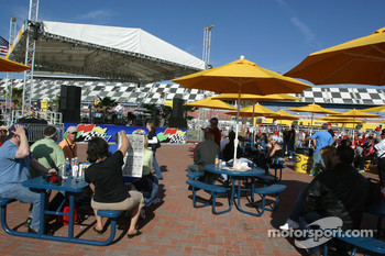 Fans enjoy race morning in the FanZone
