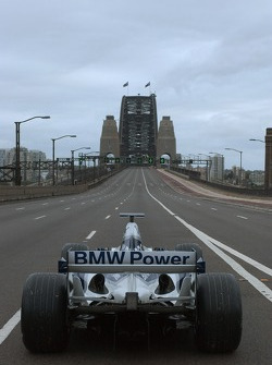 Williams-BMW event in Sydney: the WilliamsF1 BMW FW26 ready to go