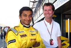 Narain Karthikeyan and Trevor Carlin