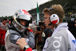 Jarno Trulli with race engineer Ossi Oikarinen