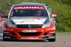 #2 VX Racing Vauxhall Astra Sport Hatch of Yvan Muller