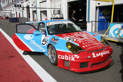 Porsche 911 GT3 RSR of Collins and Cunningham