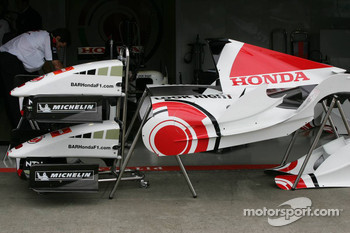 BAR-Honda body parts