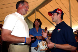 Ryne Sandberg former Chicago Cubs player with Jeff Gordon