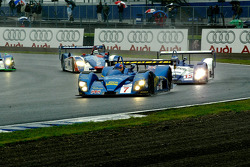 #7 Creation Autosportif DBA 03S - Judd: Nicolas Minassian, Jamie Campbell Walter leads at the start