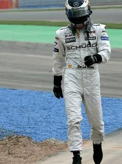 Pedro de la Rosa stopped on the track