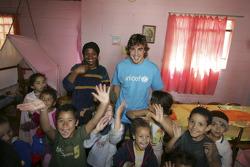 UNICEF visit in a Sao Paulo favella: Fernando Alonso