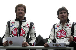 Go-kart event in Sao Paulo: Jenson Button and Enrique Bernoldi