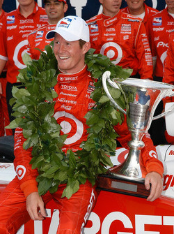 Scott Dixon wins the Inaugural IRL race at Watkins Glen