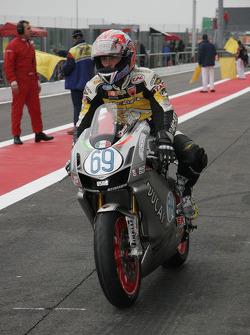 69-G.Nannelli-Ducati 749R-Ducati SC Caracchi