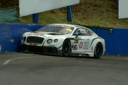 #8 Flying B Motorsport Bentley Continental GT3: David Brabham in a crash