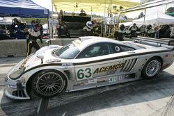 Pitstop for #63 ACEMCO Motorsports Saleen S7R: Terry Borcheller, Johnny Mowlem, Ralf Kelleners
