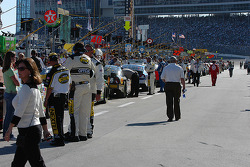 Cars lined up on pit lane