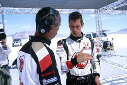 Alan van der Merwe talks with team manager John Digby