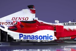 Detail of the new 2006 Toyota TF106