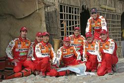 Team Repsol Mitsubishi Ralliart: Stéphane Peterhansel, Jean-Paul Cottret, Hiroshi Masuoka, Pascal Maimon, Luc Alphand, Gilles Picard, Nani Roma and Henri Magne