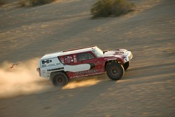 Team Gordon: Robby Gordon and Darren Skilton test the Hummer H3 Race Truck