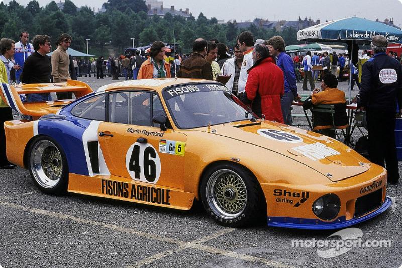 #46 Porsche 935
