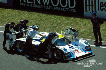 #9 Courage C32LM: Jean-Louis Ricci, Philippe Olczyk, Andy Evans on the starting grid