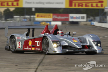 Rinaldo Capello at speed in the Audi R10