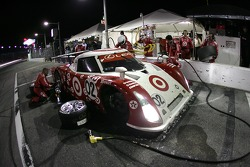 Pitstop for #02 Target Chip Ganassi with Felix Sabates Lexus Riley: Scott Dixon, Dan Wheldon, Casey Mears