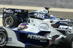 Nico Rosberg spins