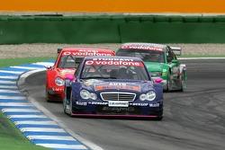 Susie Stoddart leads Jean Alesi and Pierre Kaffer