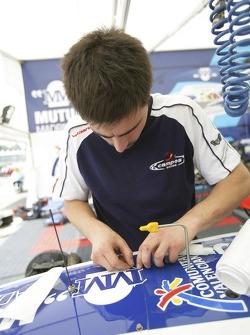 Campos team prepare their cars