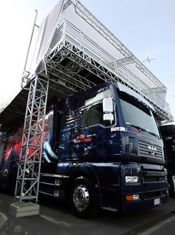 A Scuderia Toro Rosso truck and tree house