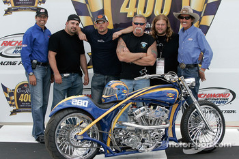 Kyle Petty of Petty Enterprises, Vince DiMartino, Paul Teutul Jr. Paul Teutul Sr. Mikey Teutul and Richard Petty of Petty Enterprises, unveil the OCC Custom Sunoco Motorcycle