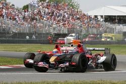 Felipe Massa and Vitantonio Liuzzi